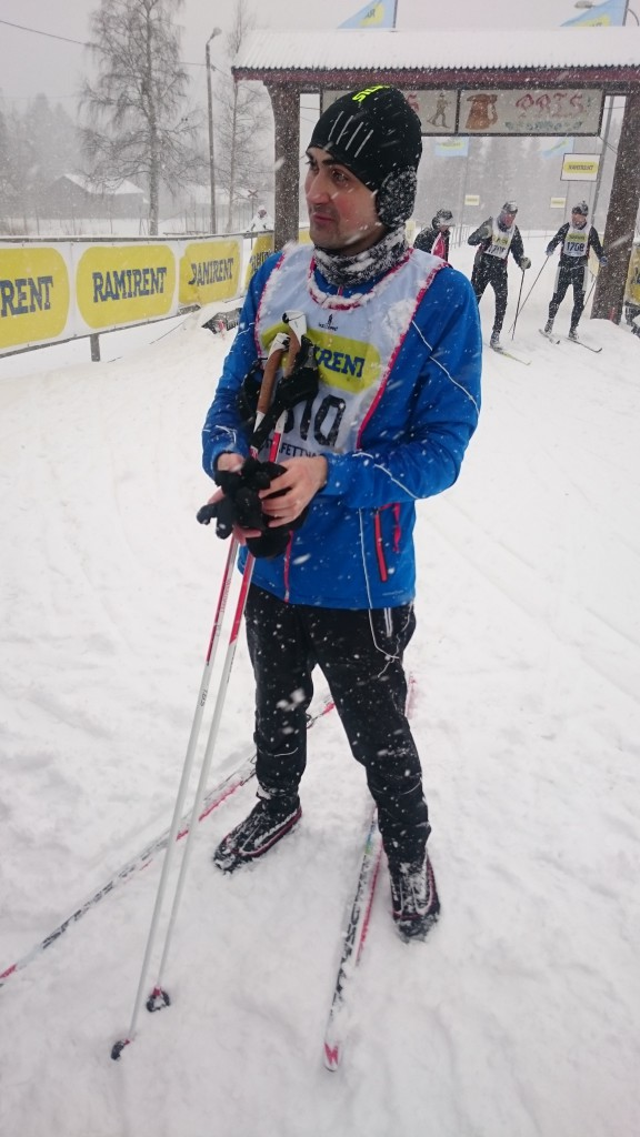 Sorin completed leg 2 with 5:56/km in heavy snow fall!